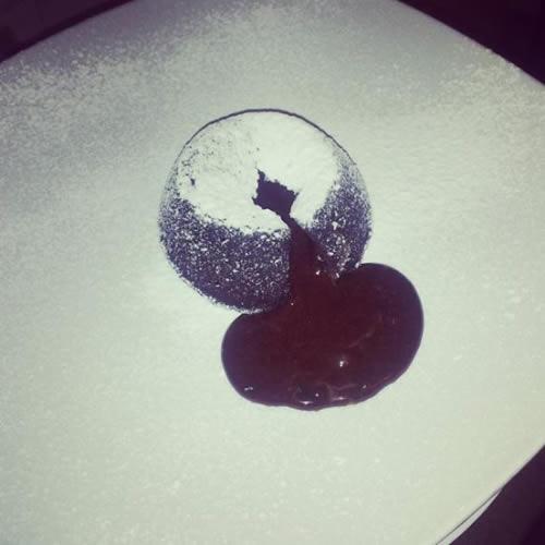 Souffle-al-cioccolato-con-cuore-fondente