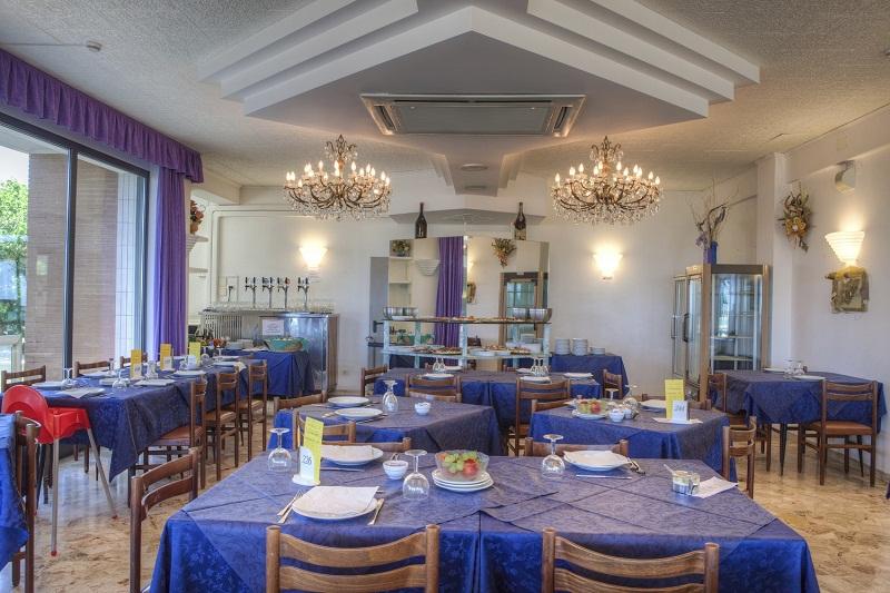 Hotel-Tritone-Viserba-Rimini-Ristorante