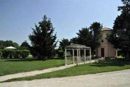villa-rugata-faenza-cappella