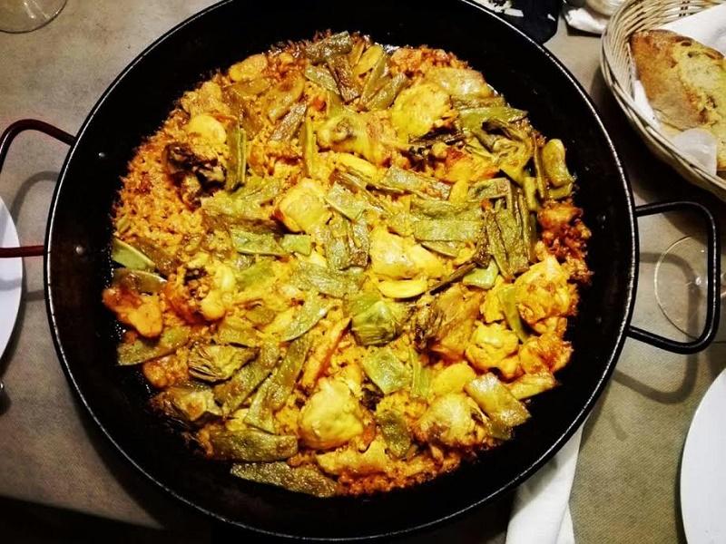 Ricetta originale della paella valenciana con carne