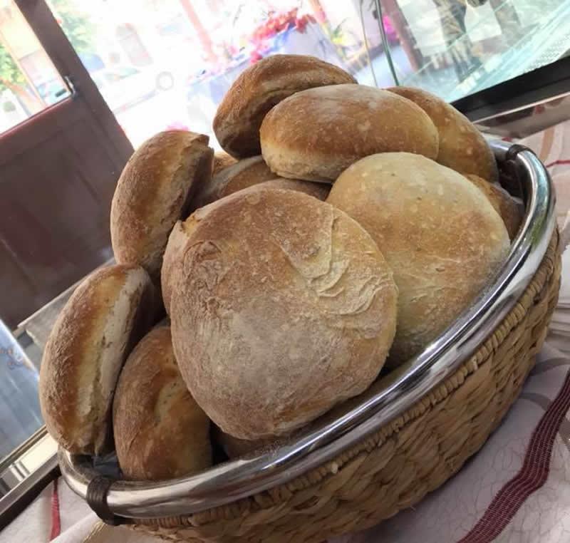 Muffuletta siciliana, ricetta dei panini delle feste