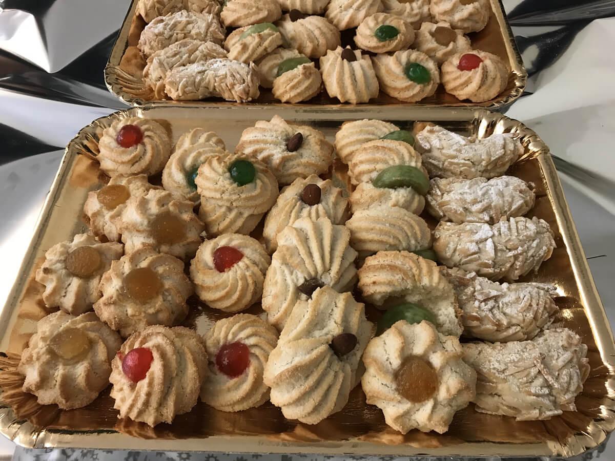 Biscotti ricci di mandorle e di noci, ricette