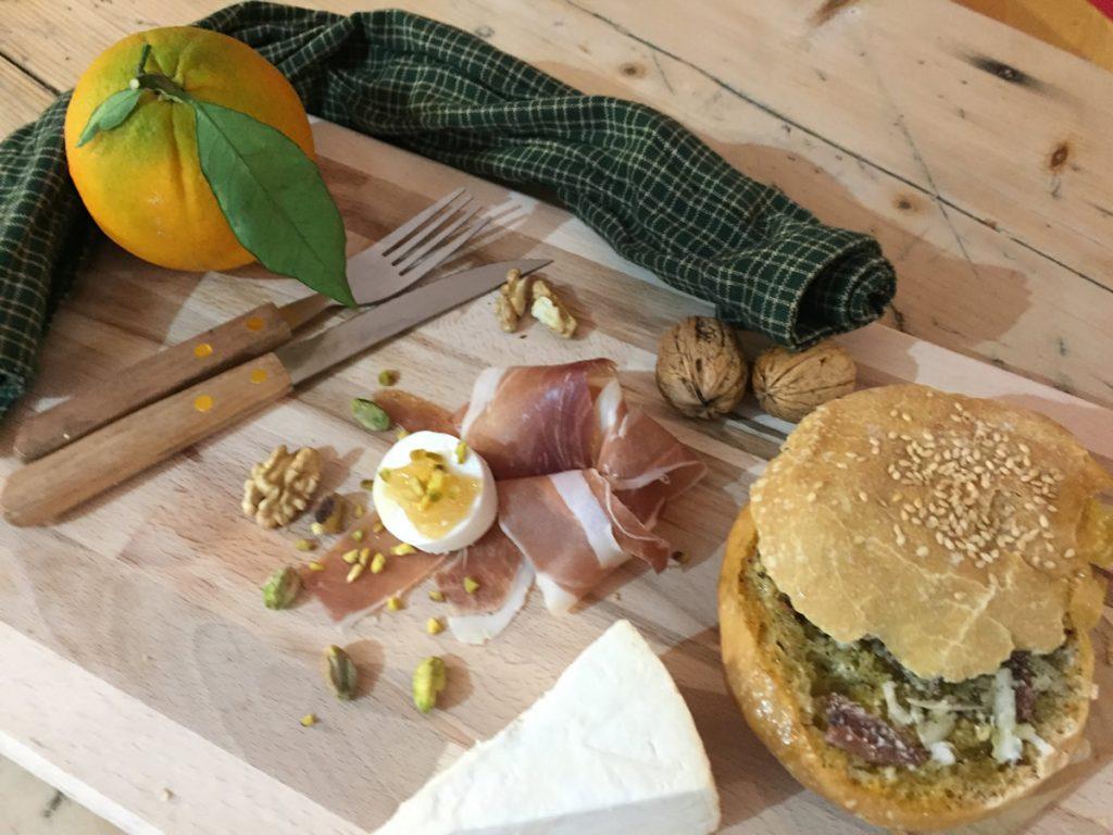 Muffoletta siciliana, storia, tradizioni e ricetta
