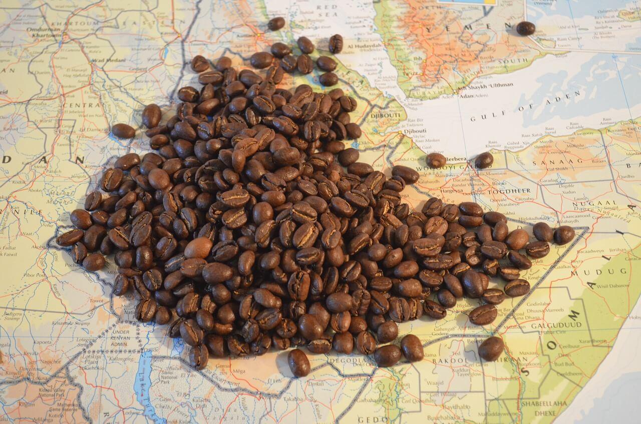 Paesi-del-caffè-tra-storia-schiavitù-qualità