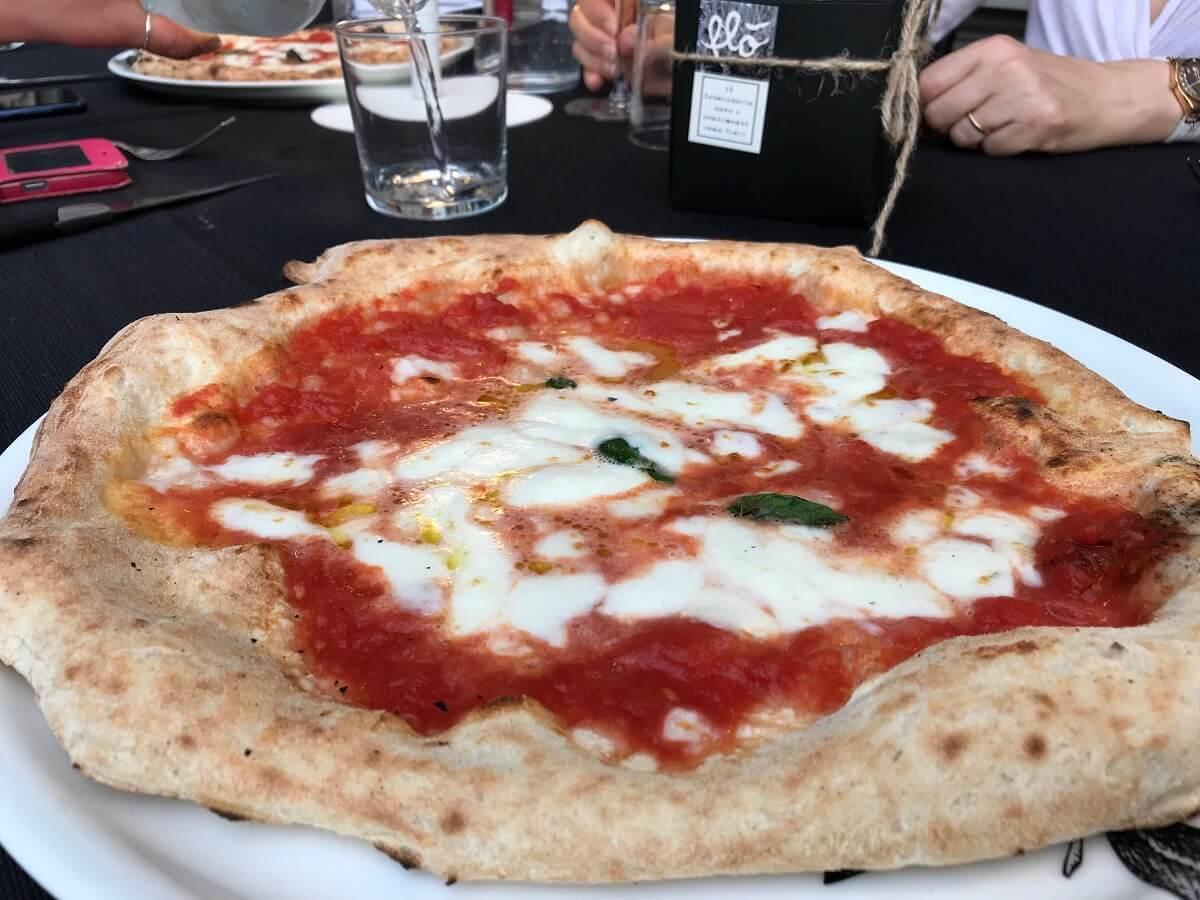 Pizzeria Portici Bologna, ce n'era bisogno?