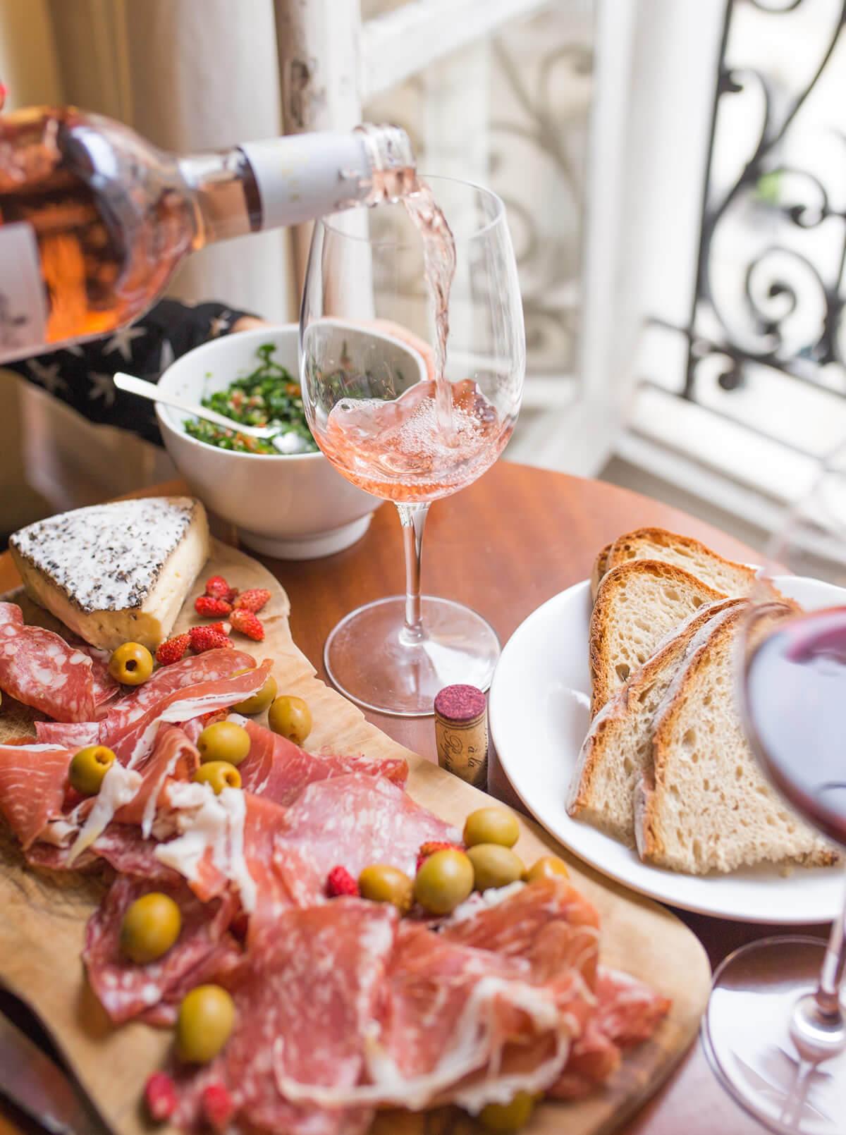 Vino in estate: ecco 10 vini bianchi e rosati per tutti i gusti