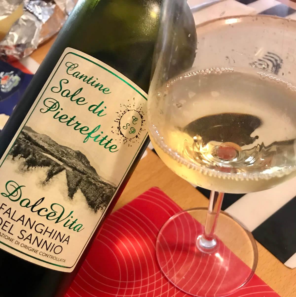 Cantine Sole di Pietrefitte, i vini del Sannio con il mare dentro