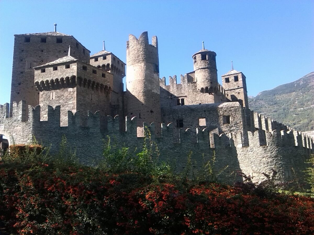 Viaggiare in Valle d'Aosta: prodotti tipici, vini e ospitalità