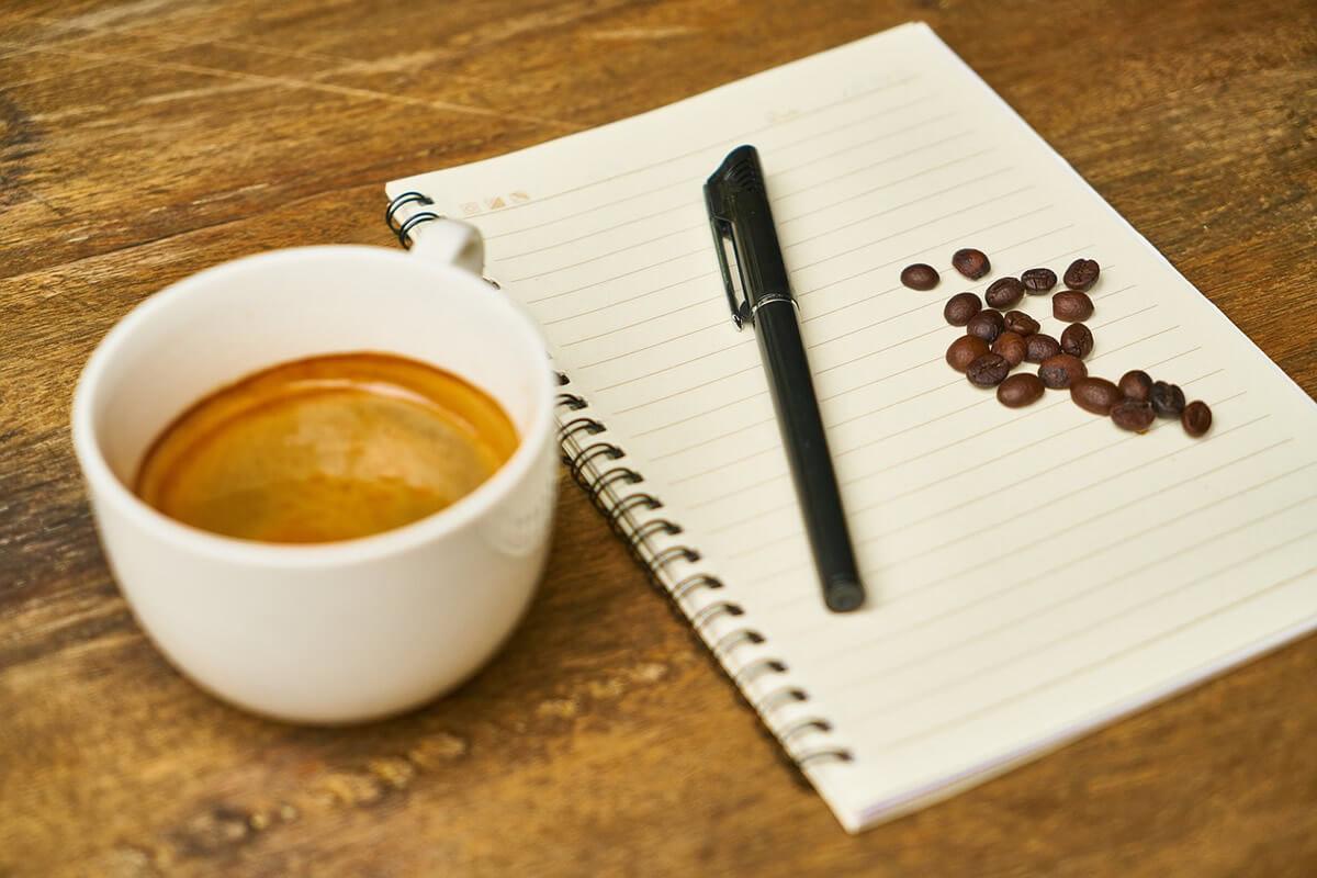 Come si valuta un espresso tramite l'esame olfattivo e gustativo