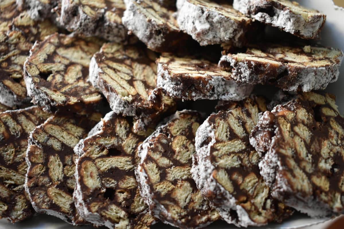 Ricetta del salame di cioccolato fondente: semplice, veloce e buono