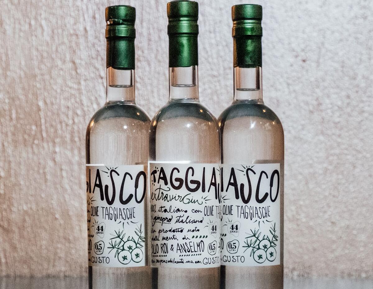 Taggiasco ExtraVirGin, gin italiano con ginepro e olive taggiasche