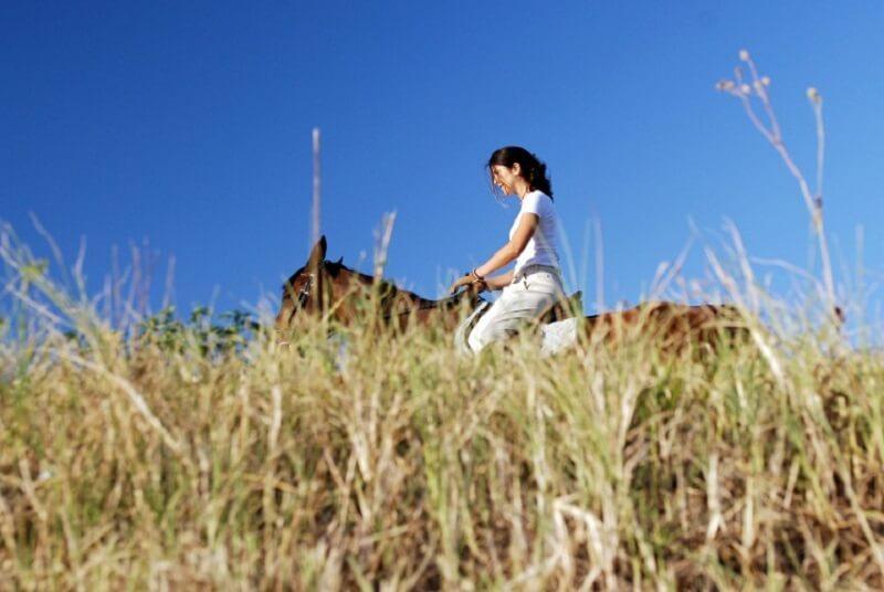 Maria Adelaide Avanzo a cavallo
