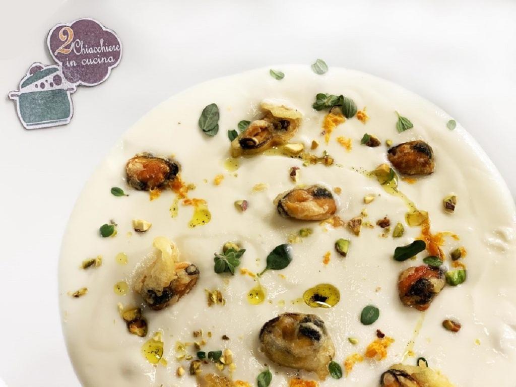 Cozze panate su crema di cavolfiore, ricetta ricercata ma semplice