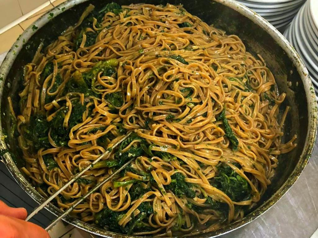 Primi piatto della Cena con erbe di campo all'Osteria Il Brigante