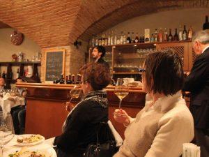 Corso sul vino ad aprile 2019 alla Rocca di Dozza: info e costi