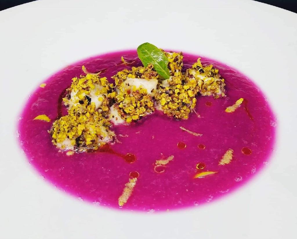 Ricetta del Persico con impanatura di pistacchi e crema di cavolo