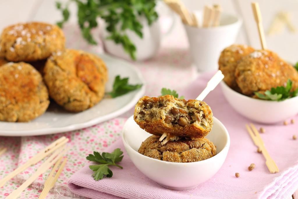 Polpette vegetariane con spezie, lenticchie Valle Grana e cocco