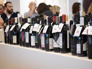 """Abruzzo al Vinitaly 2019: 100 cantine, 400 vini e la App """"Percorsi"""""""