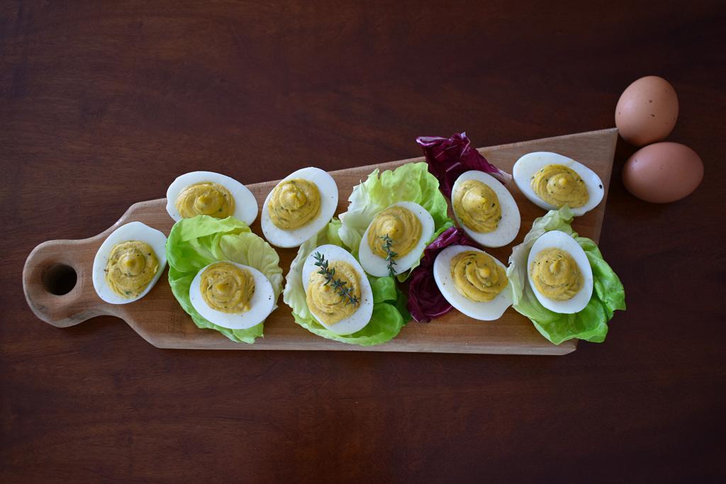 Ricetta delle uova sode farcite, un antipasto rapido per Pasqua