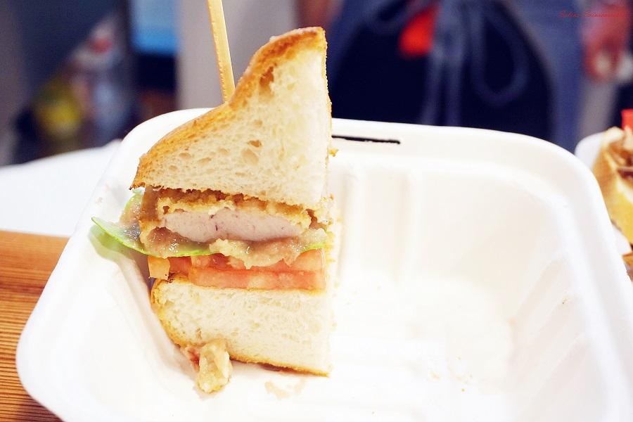 A Genova apre RossoCarne Street Food
