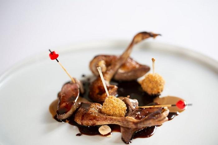 Alessandro Rossi chef: Piccione toscano con nocciole e caffè