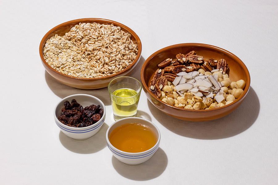 Ingredienti per la Granola fatta in casa