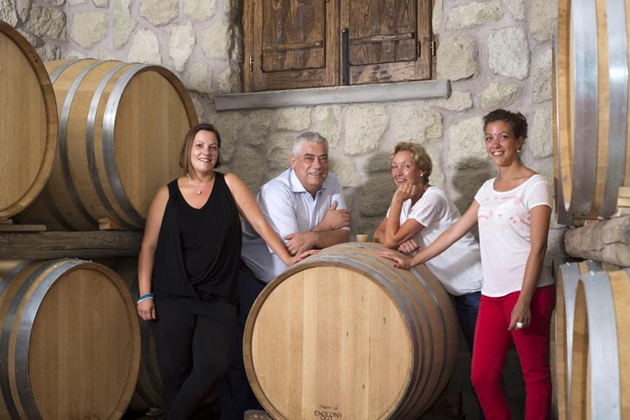 Famiglia Tommasone, produttrice del Pithecusa Bianco 2017