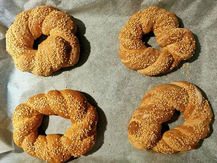 Origini e Storia del pane turco Simit