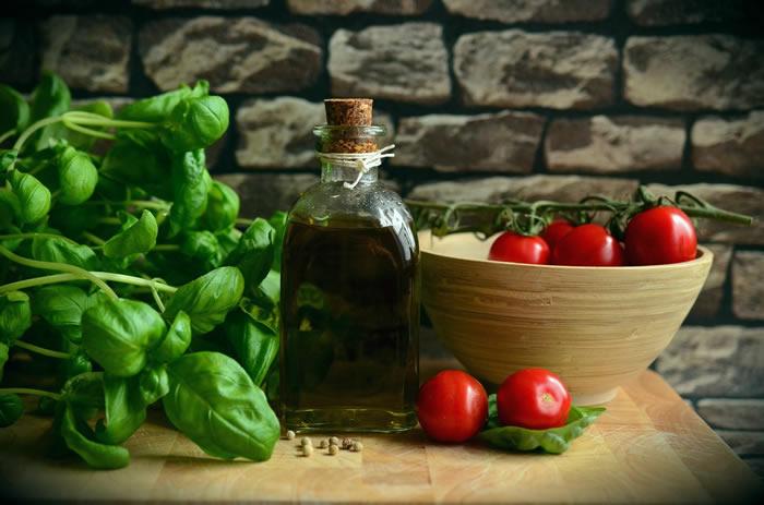 Olio Evergine d'oliva