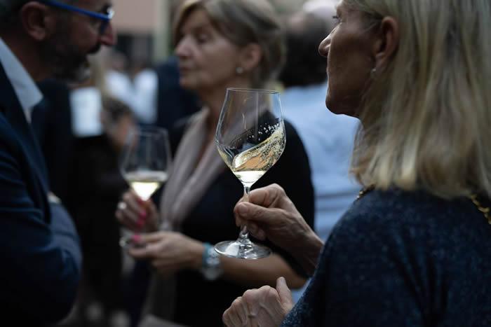 Presentazione Massucco Champagne