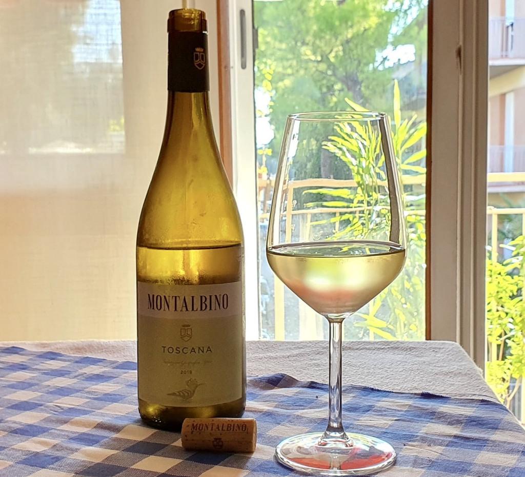Degustazione del Bianco Toscana Igt Montalbino