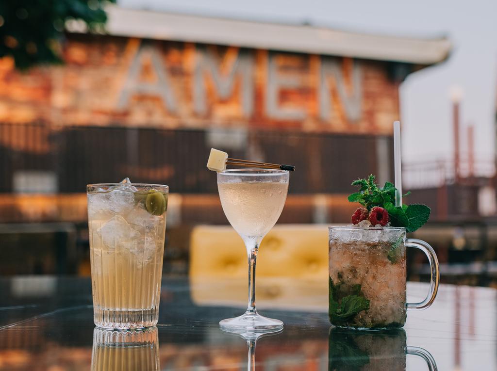 Cocktail in rosa con vista: 3 nuovi drink a base di Chiaretto