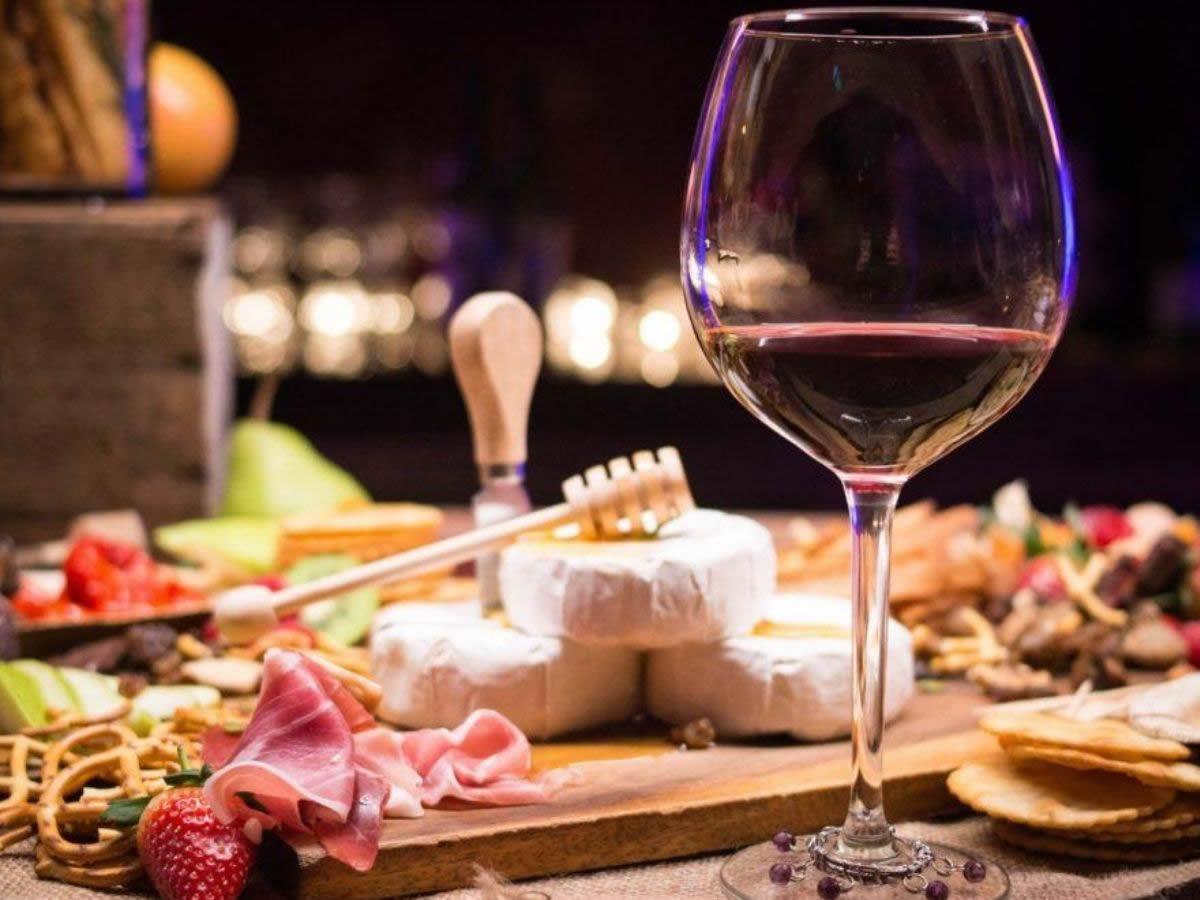 Degustazione: le cantine vanno a casa dei wine lover