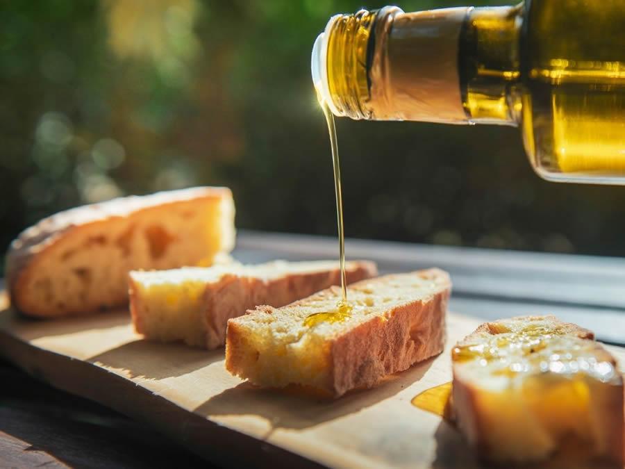 Pane e olio siciliano