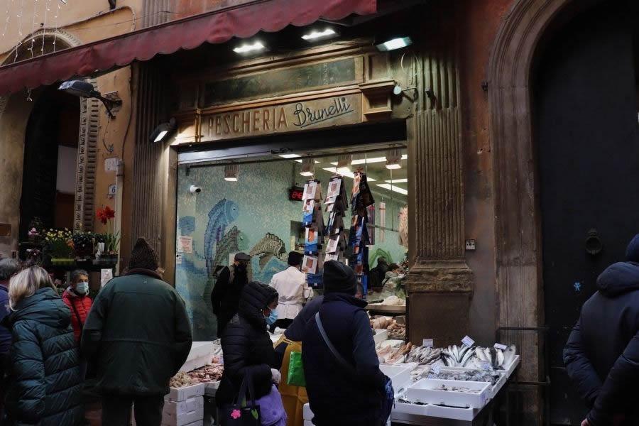 Botteghe del Mercato del Quadrilatero a Bologna