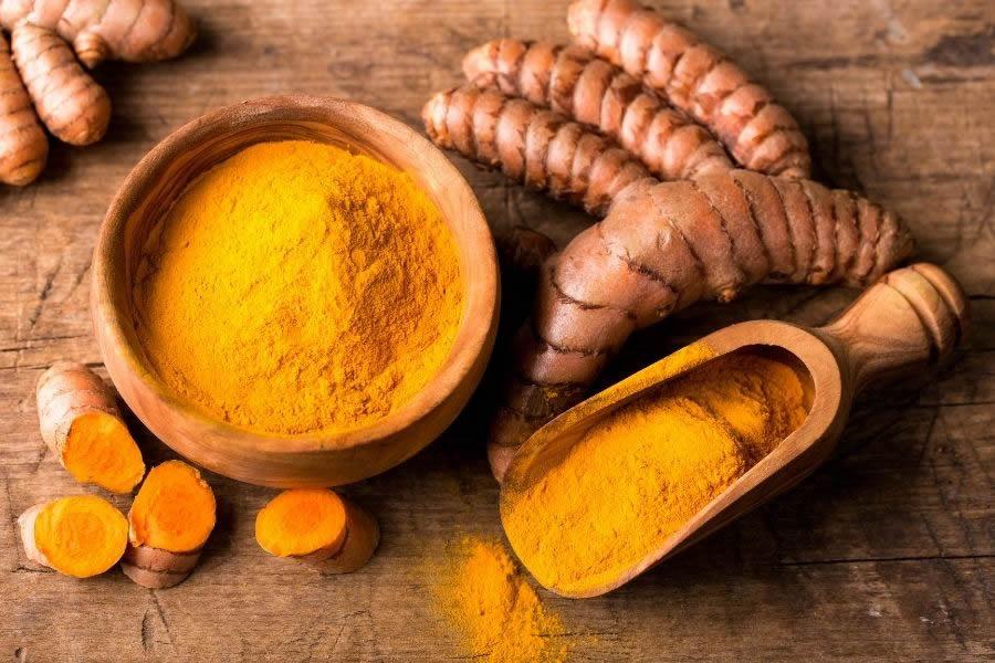 10 alimenti anticancro: perché non devono mancare nella dieta