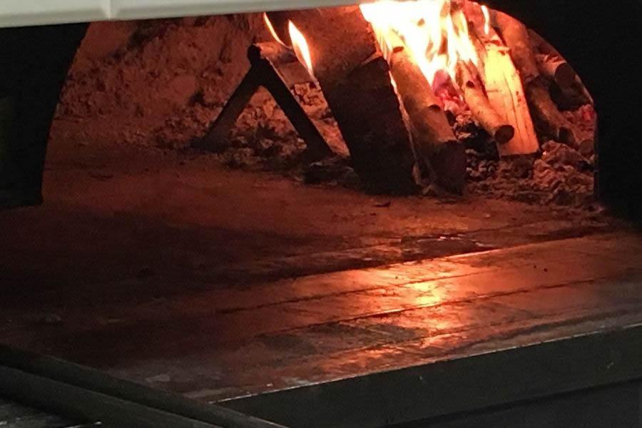 Sciamadde di Genova con forno a legna