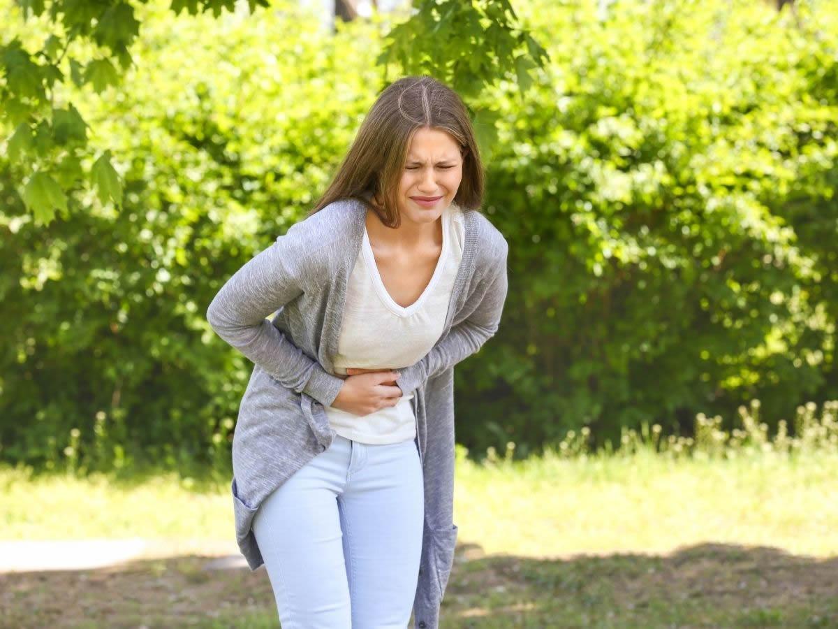 Gonfiore addominale: cause e rimedi per la pancia gonfia