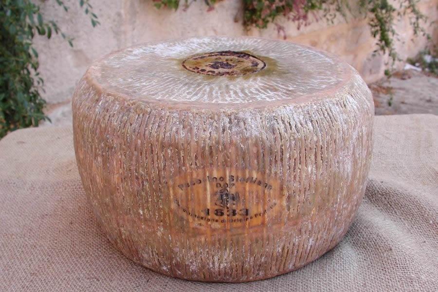 Come viene prodotto il Pecorino Siciliano DOP