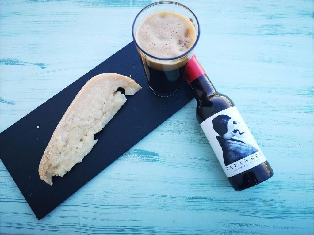Abbinamento Provolone del Monaco 40 mesi e birra Papanero
