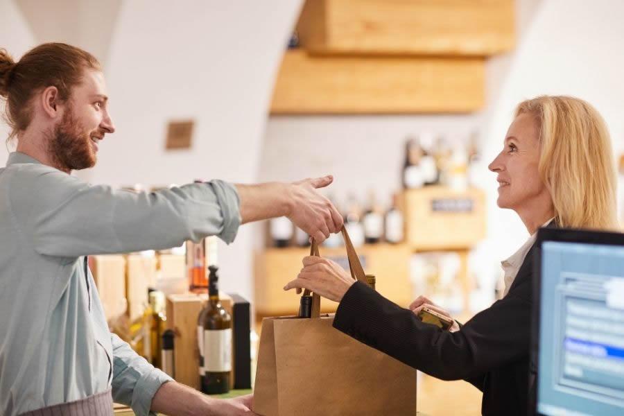 Vendita vino in enoteca