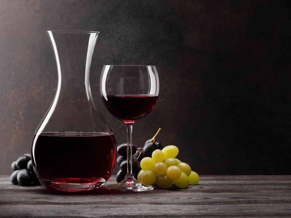Luoghi comuni sul vino: ecco 10 bufale