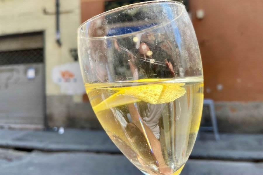 Asinello genovese, la bevanda delle osterie